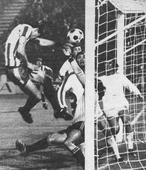 Utakmica Crvena zvezda - Vojvodina 3:1, odigrana 2. aprila 1977. godine: Gol Vladislava Bogićevića za domaćine